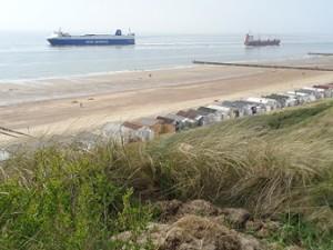 schepen varen langs-westduin