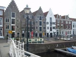 de kinderdijk in Middelburg heeft monumentale pakhuizen