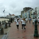 colours of the sea: lopen op de boulevard