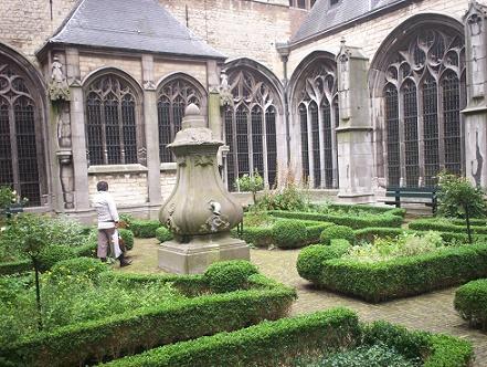 klooster tuin abdij Middelburg