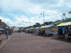 de toeristenmarkt in de langstraat