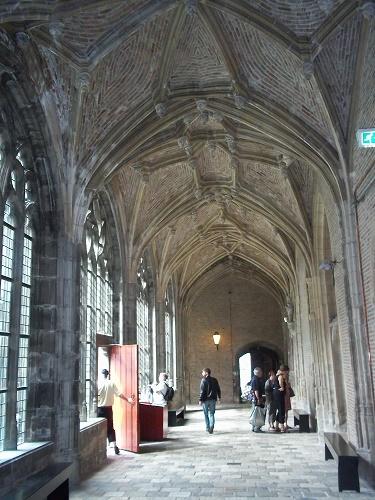 kloostergang abdij middelburg