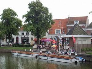 aanlegsteiger van de rondvaart boot in Middelburg