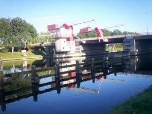 Sloebrug over het kanaal door walcheren