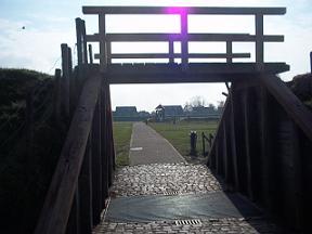 toegangspoort karolingische-burg