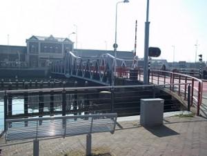 middelburg draaibrug tegenover treinstation