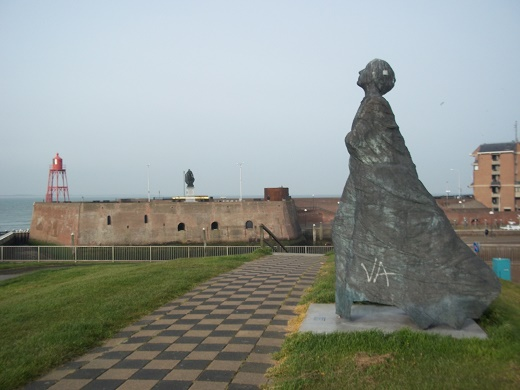 standbeeld vissersvrouw vlissingen