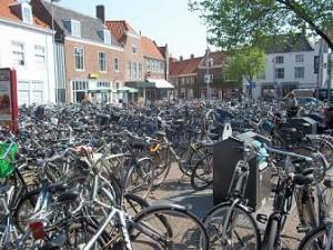 fietsen in centrum Vlissingen