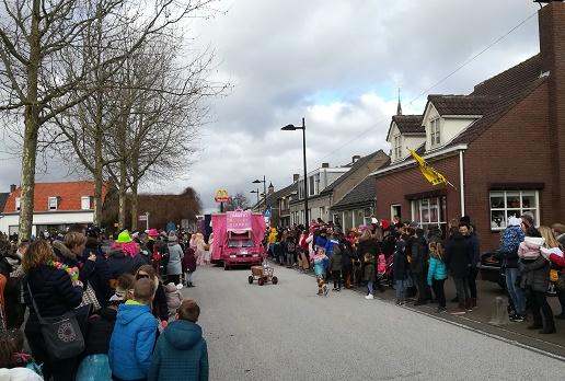 carnavalsoptocht 's heerenhoek 2018