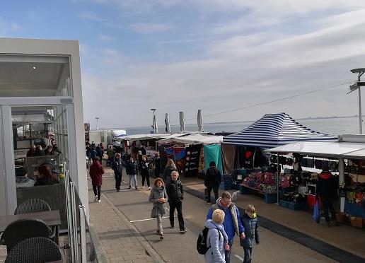 paasmarkt op boulevard bankert