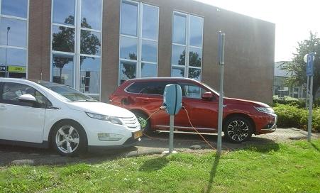 elektrische auto opladen op Vrijburg