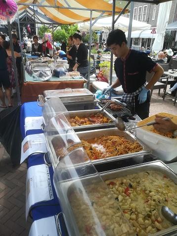 Thais eten op Plein 40