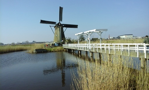 windmolens in kinderdijk zuid-holland