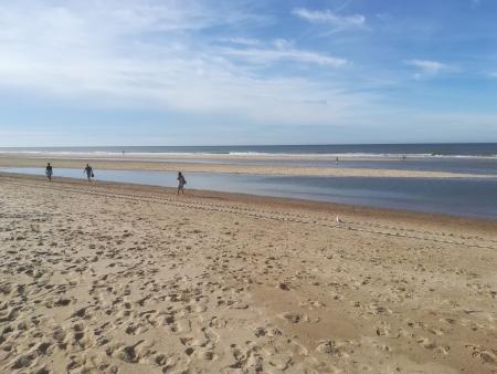 wandelen oostkapelle strand
