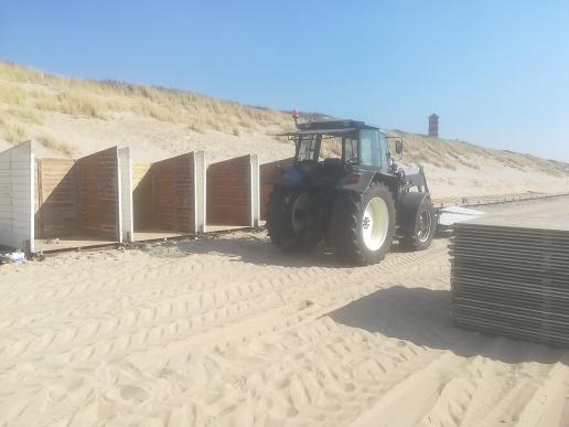 strandhuisjes in aanbouw in dishoek