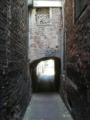 Isabellagang steegje in Middelburg