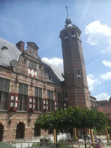 Kloveniersdoelen Middelburg met tuin
