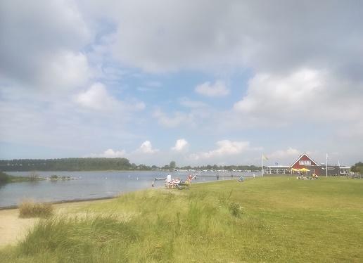 Wolphaartsdijk Schelphoek badstrand