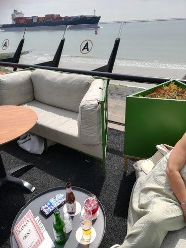 hangend terras hotel arion